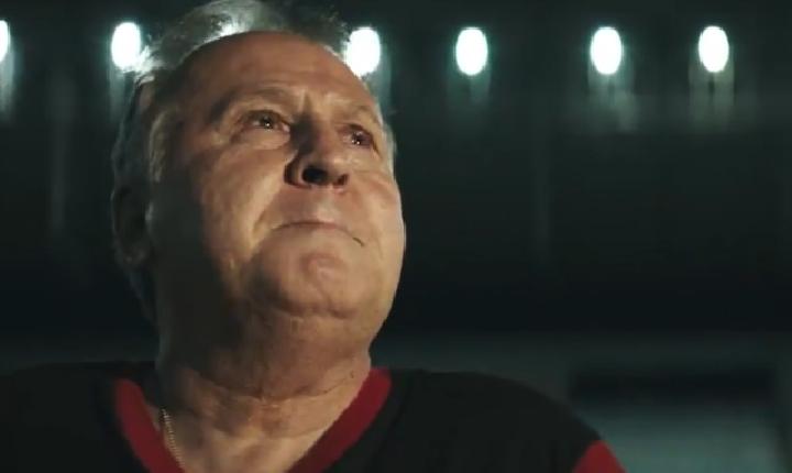 Com inteligência artificial, Mercado Livre ajuda Zico a marcar gol para o falecido pai