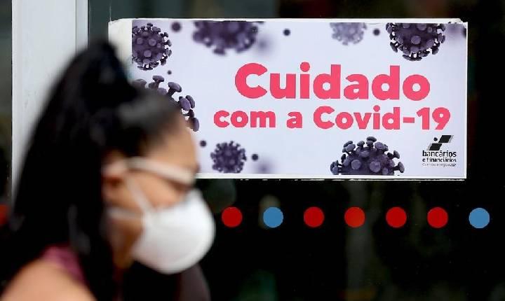 Com melhora dos indicadores, Paraná suspende toque de recolher