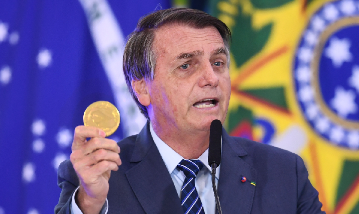 Desaprovação a Bolsonaro sobe dez pontos em sete meses e alcança 68%, diz Ipec