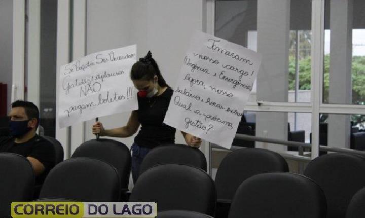 Dia do servidor municipal é marcado por manifesto de servidores da Saúde durante sessão da Câmara de Vereadores