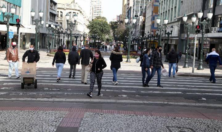 Governo renova decreto de medidas de enfrentamento à Covid-19 por mais 15 dias
