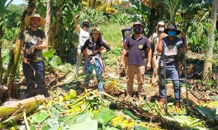 Manhã Comunitária - Entrevistado Sítio Paraná - Agroecologia e produtos orgânicos em SH - 21/07/2021