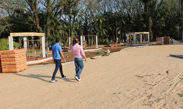 Obras do Balneário são vistoriadas pela diretoria do Comtur