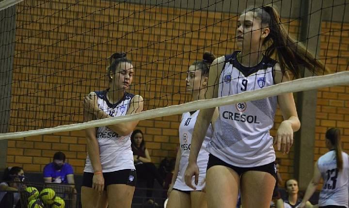 Santa Helena/Asavolei disputou Jogos da Juventude e Jogos Abertos no final de semana